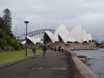 Sydney 132